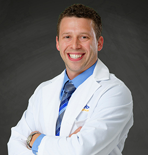 Dr. Mark Facciolo, general surgeon specializing in endocrine surgery