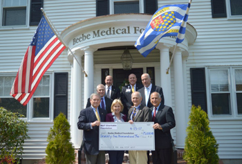 M&T presents check to Beebe Medical Foundation.