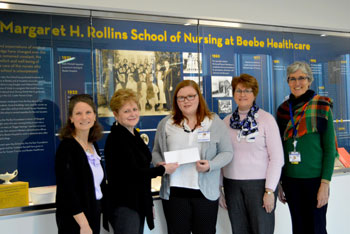 Zwaanendael Club Presents Scholarship to Nursing Student.