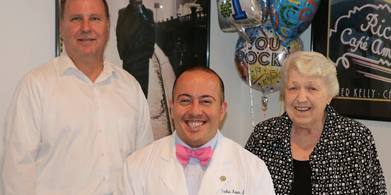 Dr Carlos Neves of Beebe Vascular and Beebe Vein Center with patient