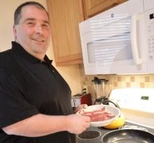 Eric Dencker found his confidence thanks to Dr Michael Sofronski and bariatric weight loss surgery.